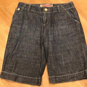 Gap Denim Shorts :: Size 1